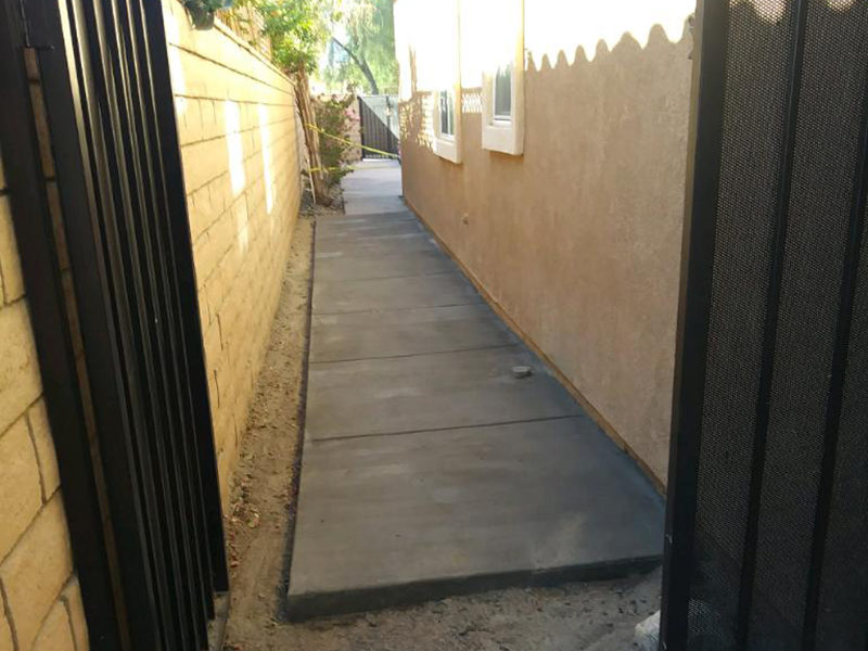 New Concrete Side Walk